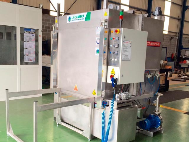 Lavadora Automática de Carga Frontal